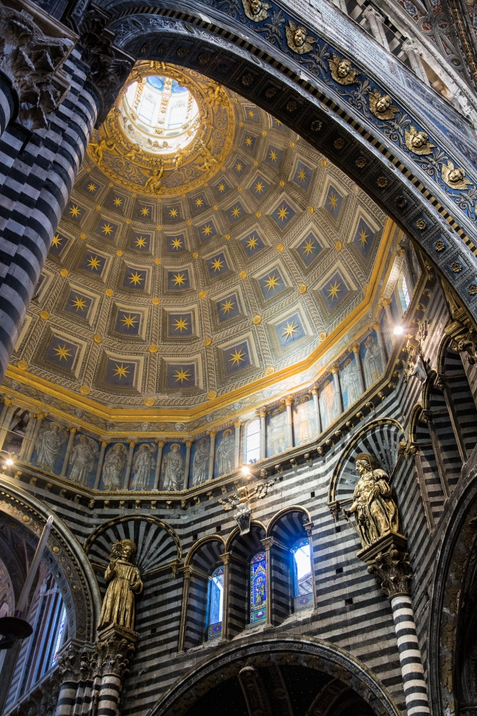 Using the light from the dome to evoke a sense of sacred space.