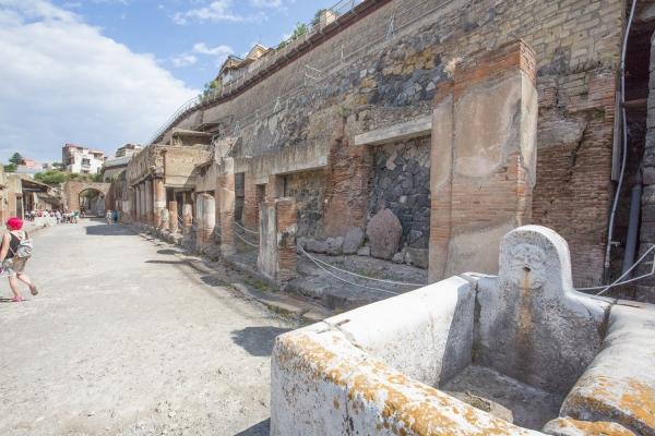 Herculaneum Square