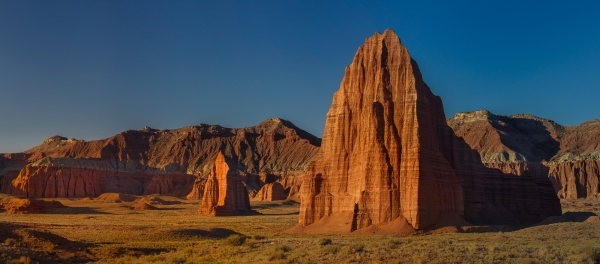 Cathedrals of the Sun and Moon, Capital Reef National Park